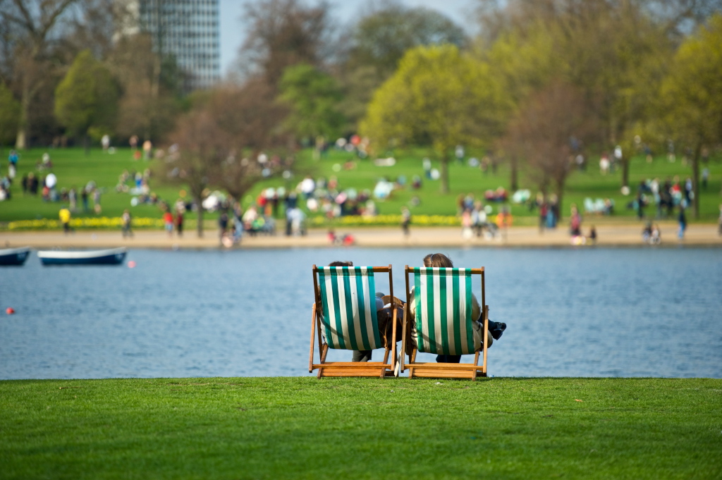 What could be better than relaxing in a deckchair by the Serpentine?