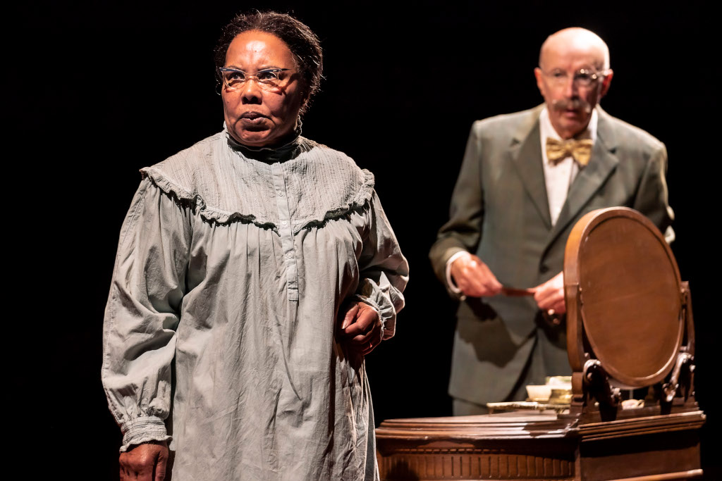 Cleo Sylvestre and Alan David in Under Milk Wood @ National Theatre