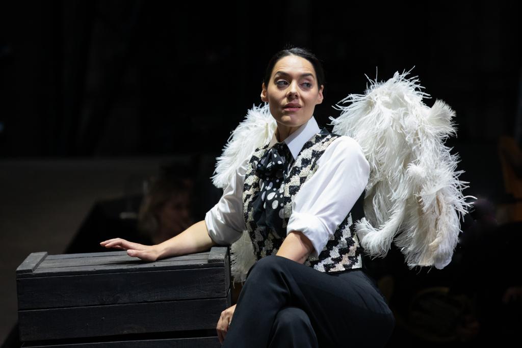 Kezia Bienek as Beppe in L'amico Fritz at Opera Holland Park, 2021 © Ali Wright